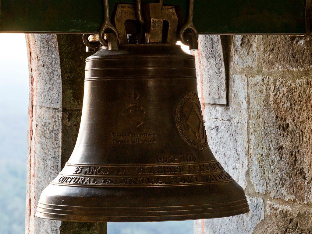 La Torre del Reloj del Palacio Nacional de Pena recibió una campana conmemorativa del 25 aniversario del Paisaje Cultural de Sintra
